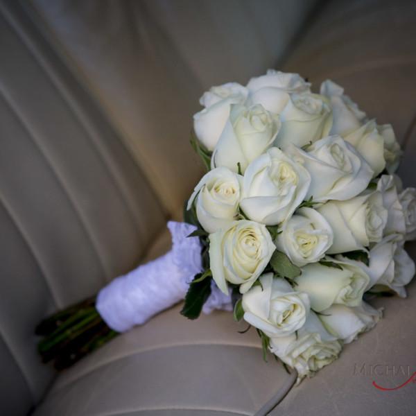 Fresh white rose bouquet