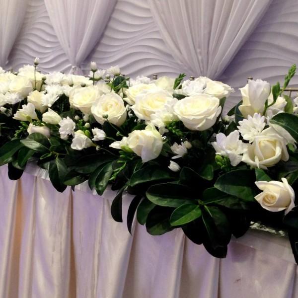 White Fresh Flower Box
