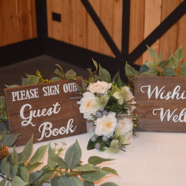 Wishing well table sign (2)